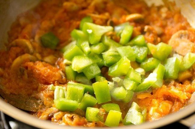 capsicum to make pasta in red sauce recipe