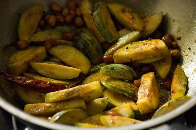 preparing vangi bath recipe