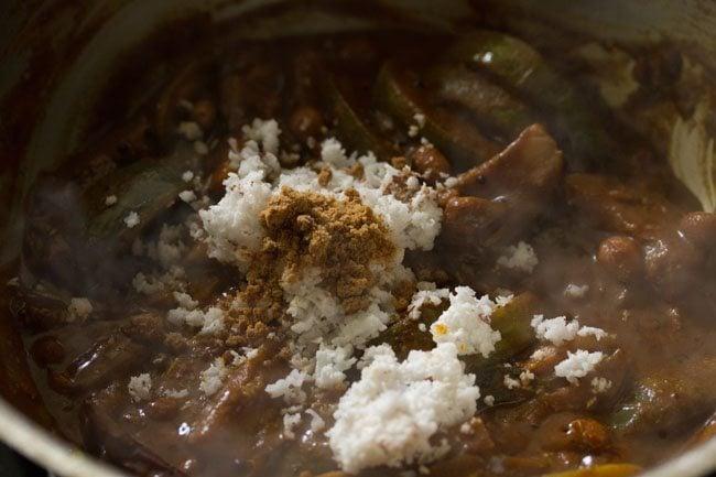 making karnataka style vangi bath recipe