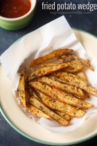 potato wedges recipe, how to make potato wedges | fried and baked potato wedges