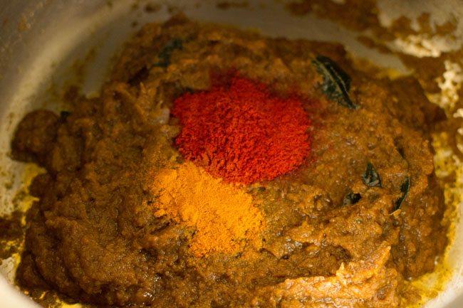 making vegetable biryani recipe