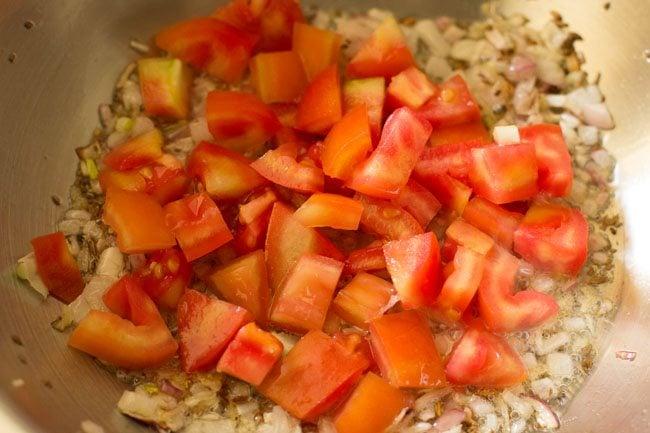 tomatoes for preparing veg kathi rolls recipe