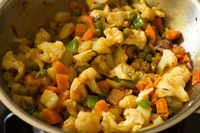veggies for making veg kathi rolls recipe