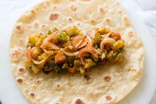 making veg kathi rolls recipe