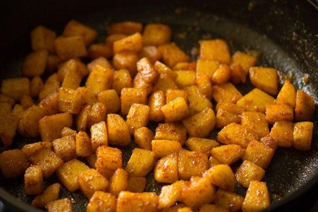 continue saute the potatoes