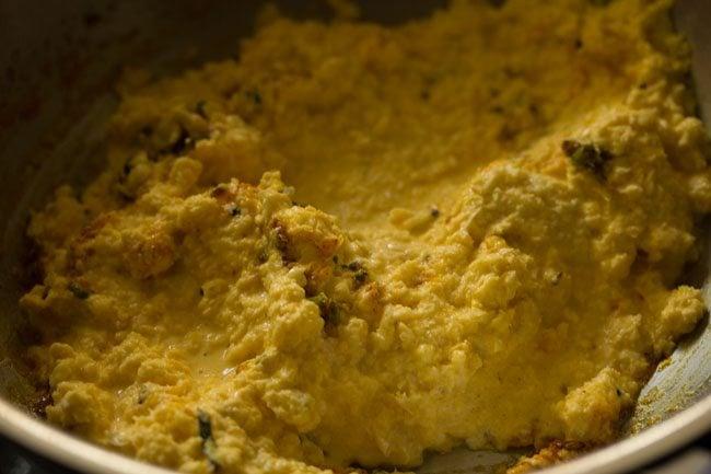 making Indore style bhutte ka kees recipe
