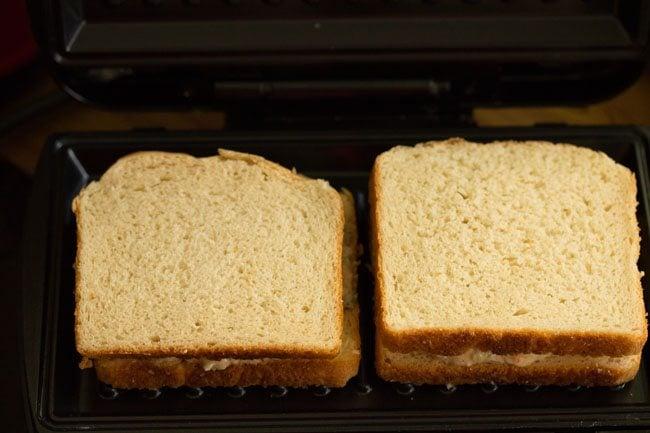 preparing veg curd sandwich recipe