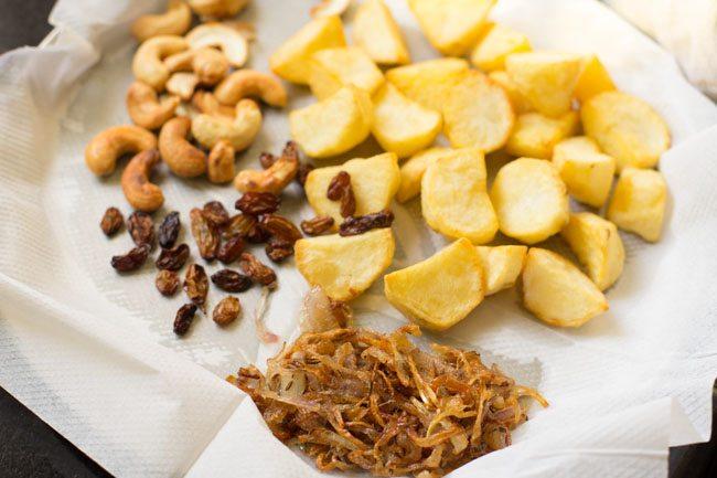 onions for making dum aloo biryani recipe