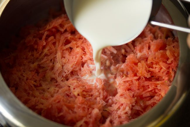 milk for making pressure cooker carrot halwa recipe