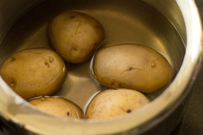 potatoes for making schezwan masala dosa recipe
