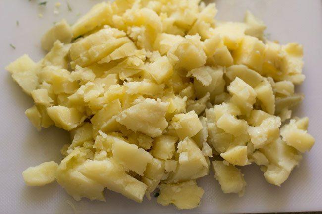 potatoes to make schezwan masala dosa recipe
