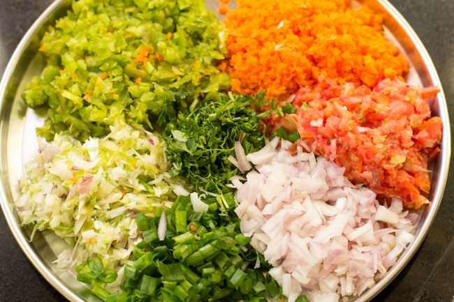 veggies to make schezwan masala dosa recipe