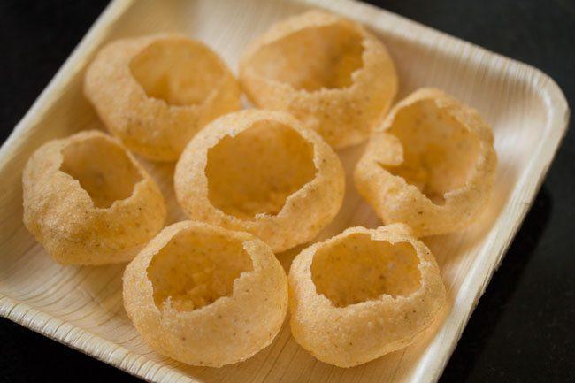 puri for making sukha puri recipe
