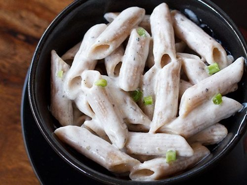 pasta recipe in white sauce