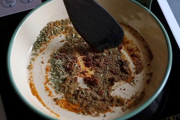 moong dal stuffing for khasta kachori
