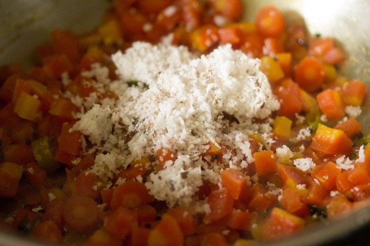 carrot poriyal recipe, carrot fry recipe