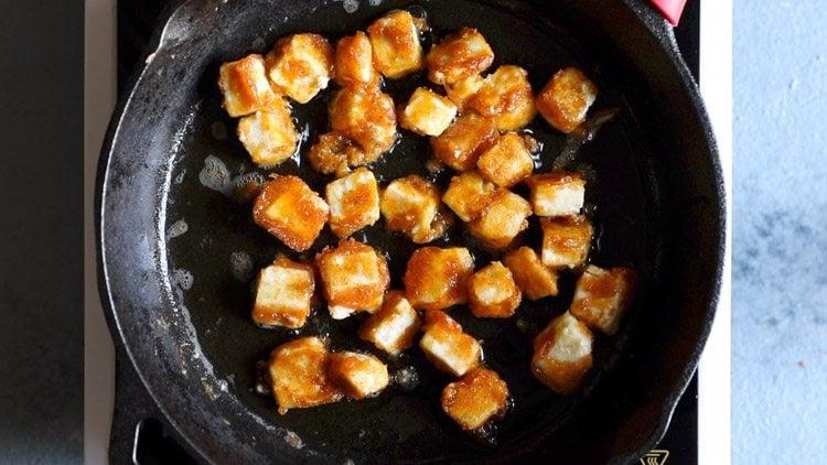 preparing chilli paneer restaurant style recipe