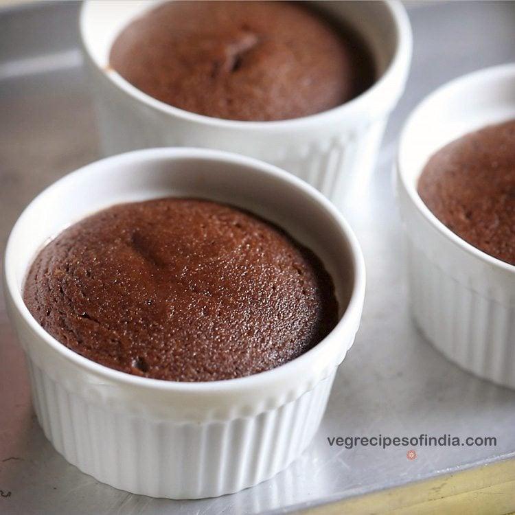 Choco lava cake veg