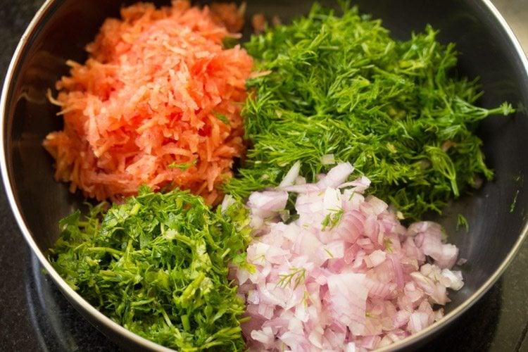 veggies for making akki roti dough