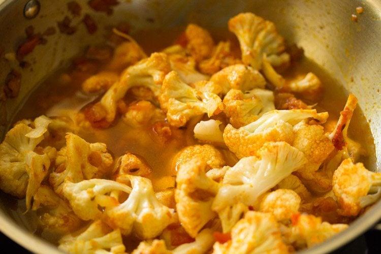 making gobi curry recipe
