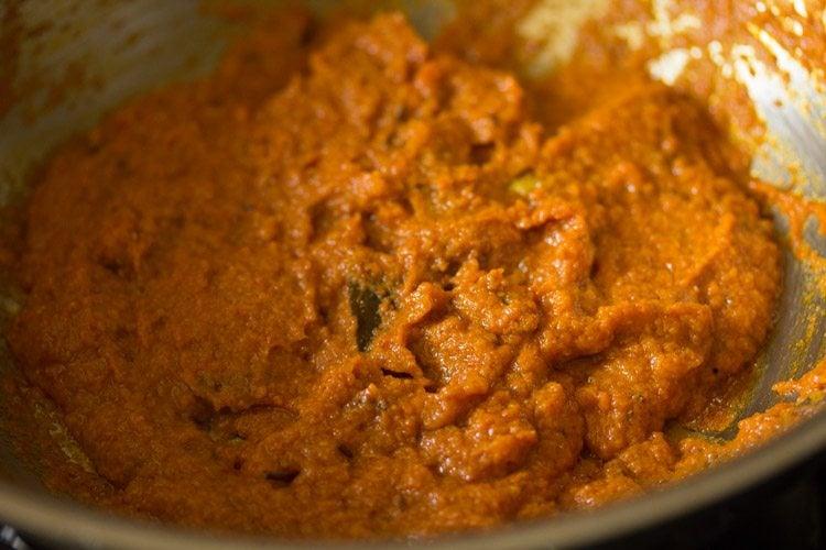 preparing kathal masala recipe