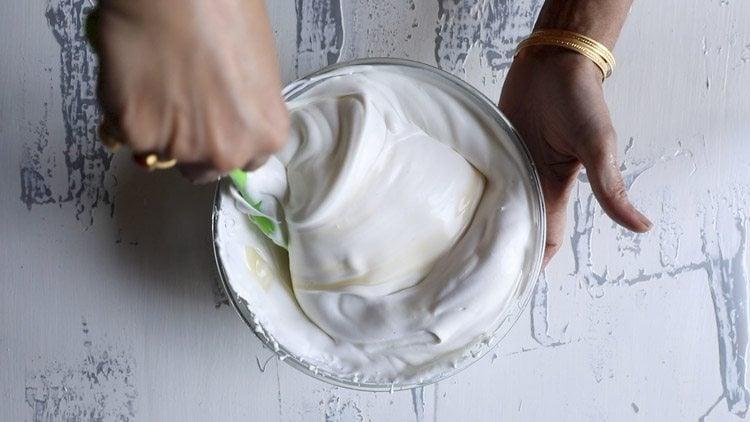 making vanilla ice cream recipe