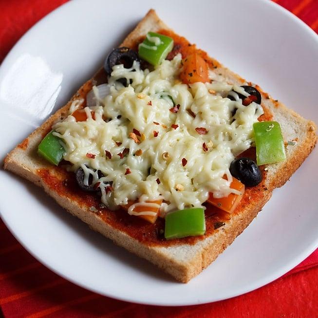 bread pizza recipe on tawa, bread pizza recipe without oven