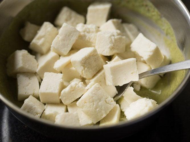 making hariyali paneer tikka recipe
