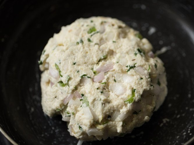 making rava vada recipe