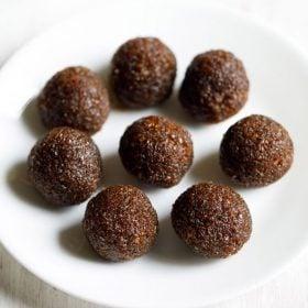 bengali gurer narkel naru recipe, coconut ladoo with jaggery