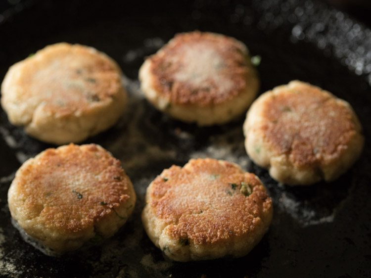 making paneer cheese cutlet recipe