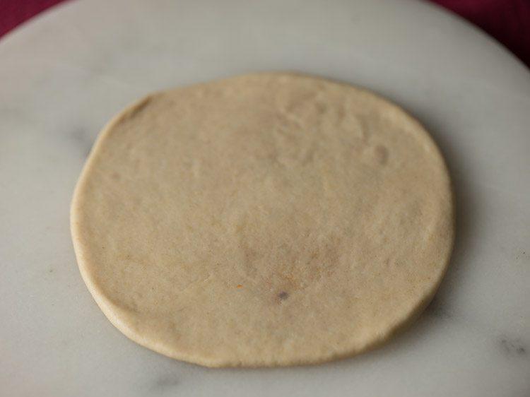 making radhaballabhi recipe