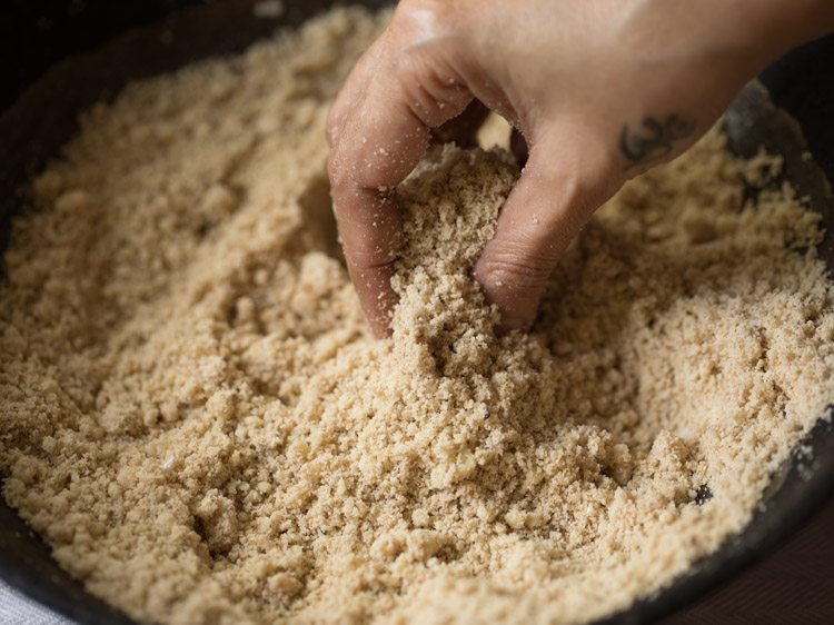 making til mawa ladoo recipe