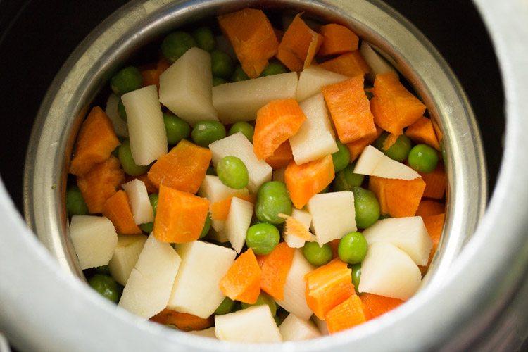 vegetables for making veg masala fried rice recipe