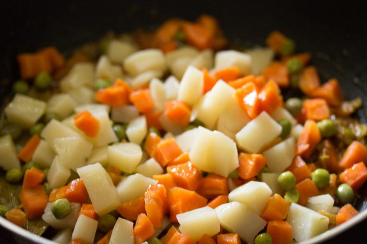 making veg masala fried rice recipe