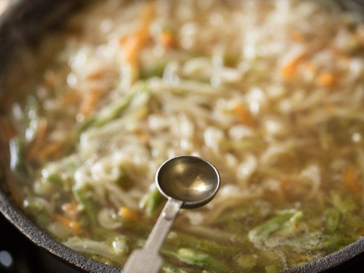 veg noodle soup recipe