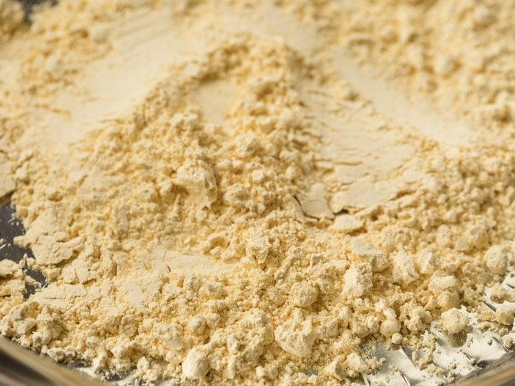 besan for making guajrati fafda recipe