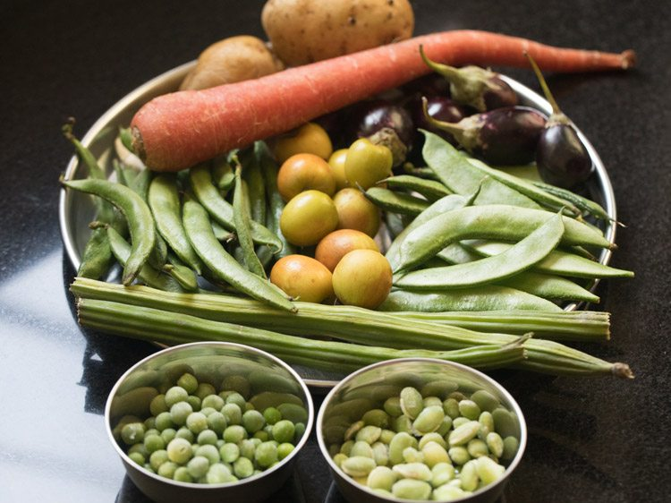 veggies to make bhogi chi bhaji recipe