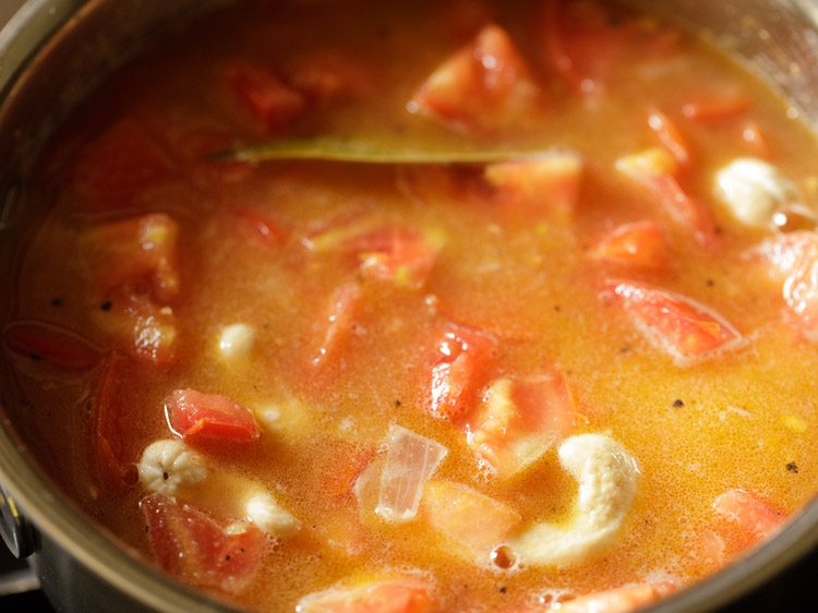 making cream of tomato soup recipe
