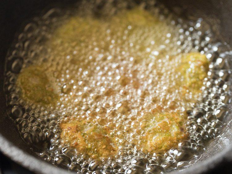 making jowar vada recipe