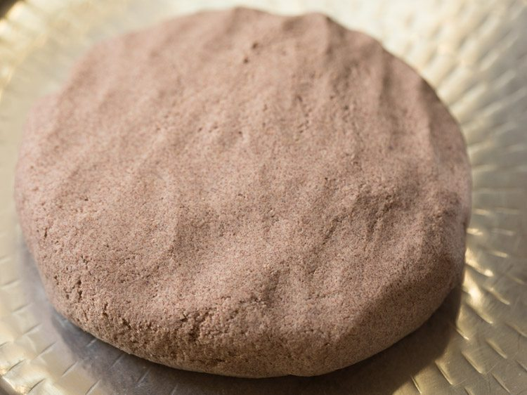 making ragi roti recipe