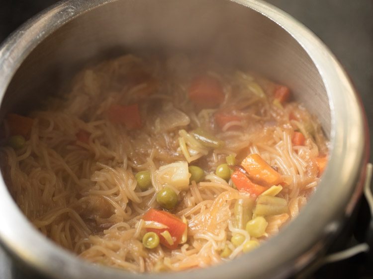 seviyan biryani recipe, semiya biryani recipe, vermicelli biryani recipe