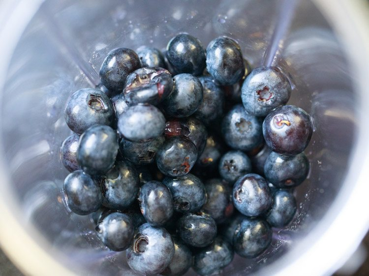 blueberries for making blueberry smoothie recipe