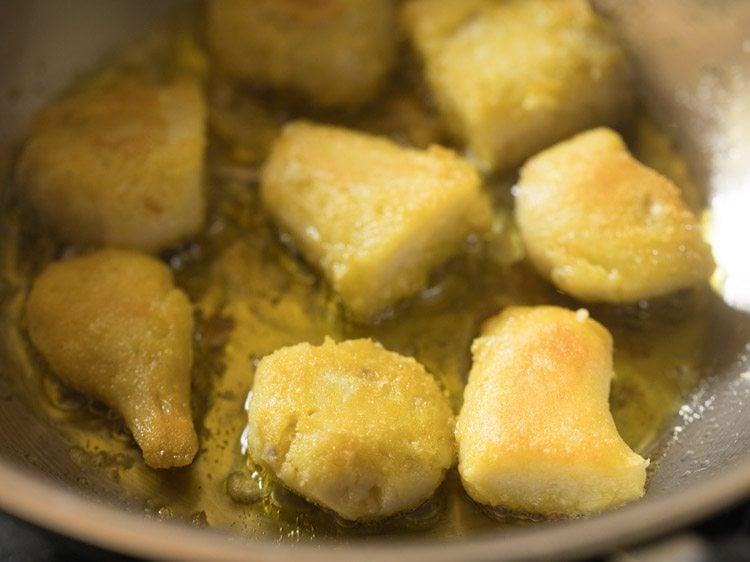frying arbi for dum ki arbi recipe