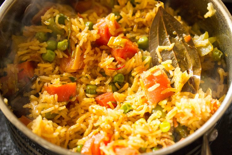 shahi pulao recipe, hyderabadi style shahi pulao recipe
