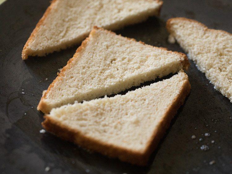 making iyengar bakery style masala toast recipe