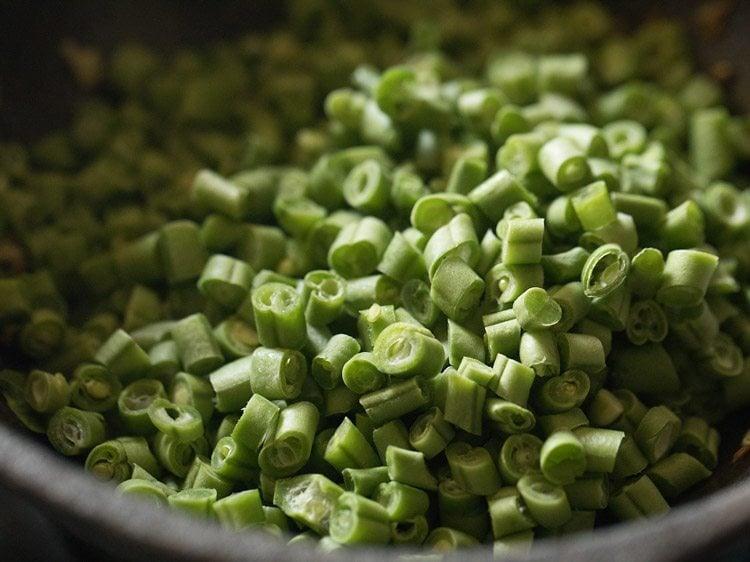making beans thoran recipe