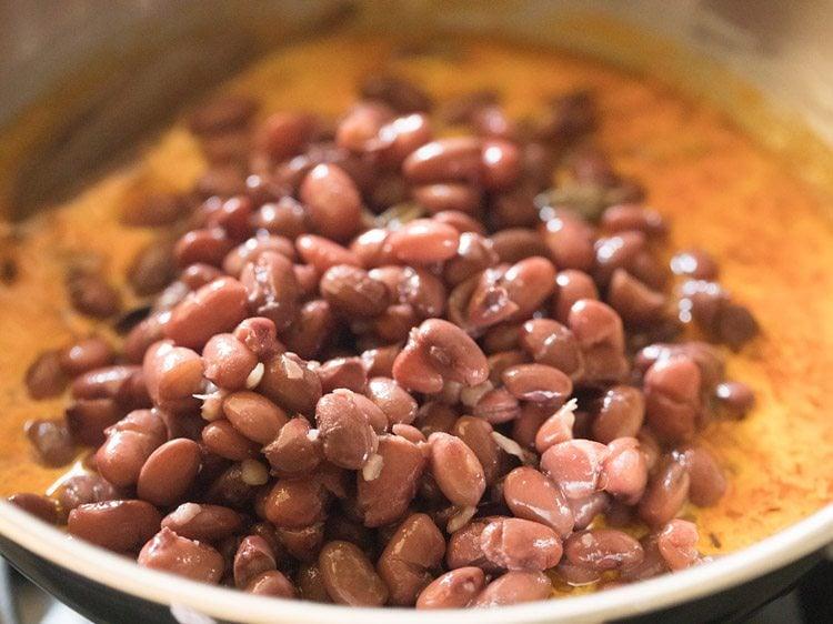 making rajma madra recipe
