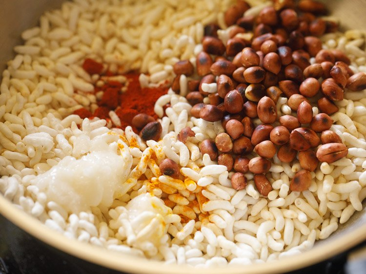 making churumuri recipe
