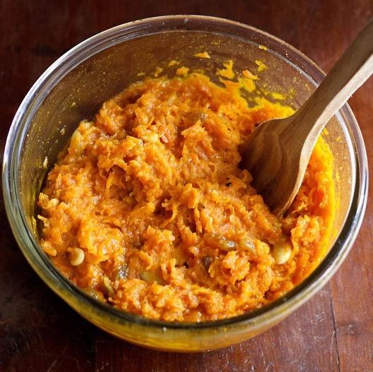 microwave carrot halwa